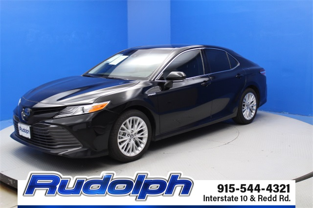 Pre-Owned 2018 Toyota Camry Hybrid Hybrid XLE